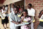 マラウイ共和国支援楽器 1